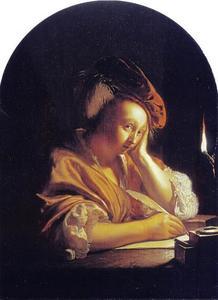 Bij het licht van een olielamp schrijvende vrouw