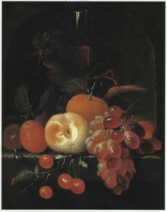 Vruchtenstilleven met een fluitglas in een nis