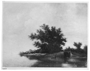 Rivierlandschap met drie mannen in een roeiboot bij een brug