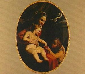 Madonna met kind en Johannes de Doper als kind
