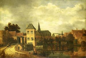Gezicht op de stad Haarlem over het Spaarne bij de Eendjespoort