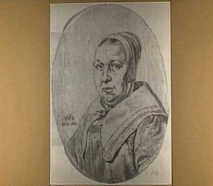 Portret van een vrouw met muts