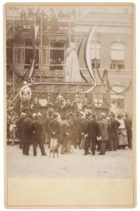 De praalwagen van de maskerade in Utrecht in 1881