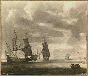 Hollandse driemasters voor de kust, rechtsvoor een roeibootje met vissers