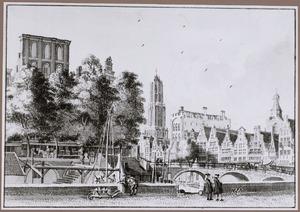 De Oudegracht bij de Bakkerburg te Utrecht
