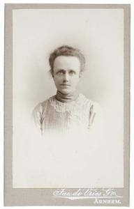 Portret van Johanna Maria Lambertina Römer (1857-1907)