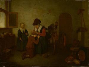 Interieur met een vrouw die een jongen ontluist en een meisje