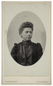 Portret van Trijntje Knol (1878-1972)