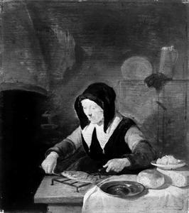 Oude vrouw met een vis op een rooster