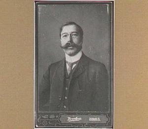 Portret van de kunstenaar Ludolf Berkemeier (1864-1931)