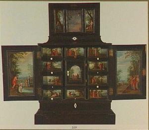 Ebbehouten kastje beschilderd met religieuze voorstellingen