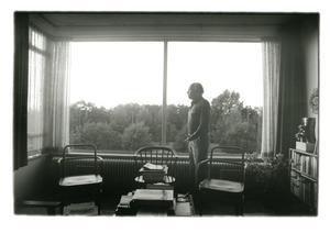 Gerd Arntz in zijn huis in Den Haag