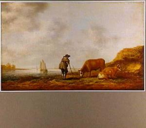 Rivieroever met een herder, een stier en een koe