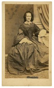 Portret van waarschijnlijk Dorothea Wilhelmina Toussaint (1827-1859)