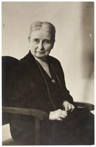 Portret van Clara Catharina van de Poll (1855-1943)