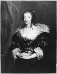 Portret van koningin Henriëtte Maria, met een roos in haar gevouwen handen