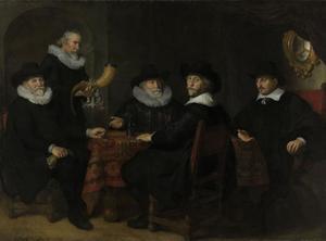 Vier doelheren der kloveniers Albert Coenraetsz. Burgh (?-1647), Jan Claesz. Vlooswijck (1571-1652), Pieter Reael (1569-1643) en Jacob Willekeur (?-?), met de kastelein Jacob Willekens (1564-1649)