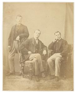 Portret van Oncko Wicher Star Numan (1840-1899), Gerard Jacob Theodoor Beelaerts van Blokland (1843-1897) en een onbekende man