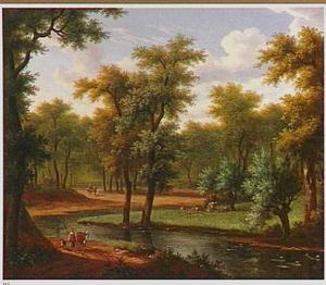 Boslandschap met herders en koeien