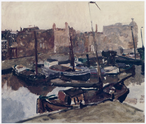 Damrak met schepen te Amsterdam