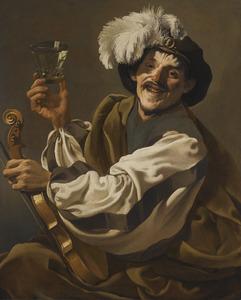 Vrolijke violist met wijnglas in de hand