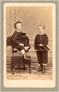 Jeugdportret van Floris Verster en zijn broertje Kees