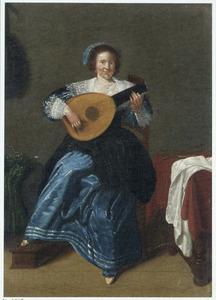 Luitspelende jonge vrouw