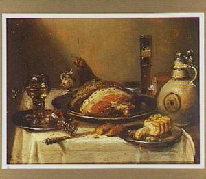 Stilleven met glazen, een kruik van steengoed en een schaal met ham