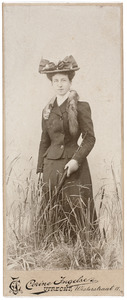 Portret van Joanna Margaretha Elisabeth van de Poll (1872-1970)