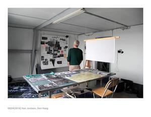 Han Jordaan in zijn atelier