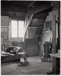 Herbert Fiedlers atelier aan het Frederiksplein te Amsterdam.