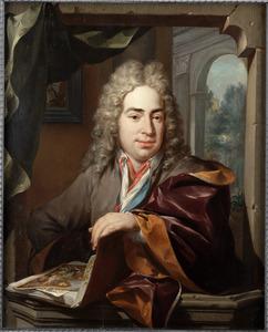 Portret van Dirck Gallis, echtgenoot van Johanna Backer, zittend met een portefeuille met tekeningen