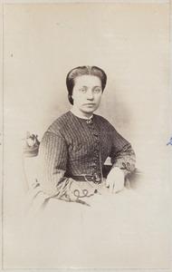 Portret van een vrouw uit familie Adema