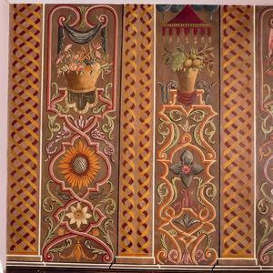 Kandelabers en gestileerde pilasters