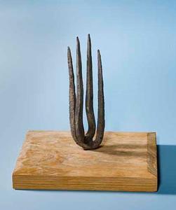 Abstracte compositie in brons