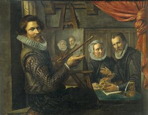Zelfportret van de schilder in zijn atelier bezig met het portretteren van een echtpaar