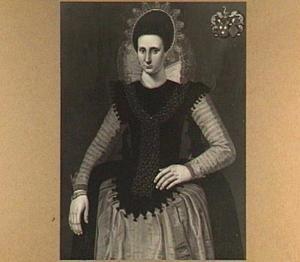 Portret van een van de vijf dochters van Sybren van Walta en Tjet van Holdinga