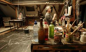 Portret van Pieter Pander in zijn atelier