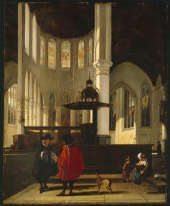 Interieur van een lutherse kerk met twee pratende mannen en een zittende vrouw met kind aan de borst