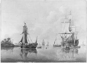 Het fregat de 'Triton' met een spiegelpaviljoenjacht en andere schepen bij een oever