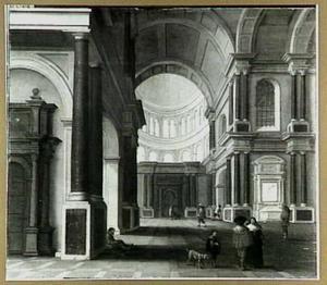 Classicistisch kerkinterieur met wandelaars