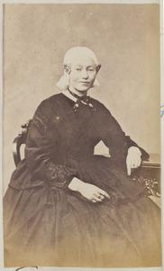 Portret van een vrouw, waarschijnlijk uit familie Taekema