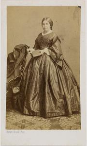 Portret van Clasine Gertrude Gisberta gravin van Hogendorp van Hofwegen (1812-1900)