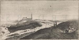 Gezicht van de duinen met de kerk van Zandvoort vanuit het noordoosten