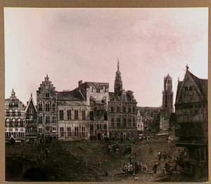 Gezicht op het oude stadhuis en de Stadhuisbrug in Utrecht