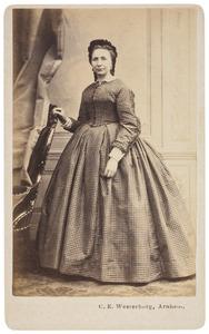 Portret van Johanna Catharina Adrietta van Tussenbroek (1827-1892)