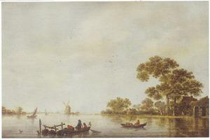Vissers met leefkorven op een brede rivier; op de oever enige bebouwing en een molen
