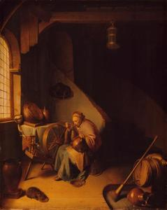Een oude vrouw die pap eet bij een spinnewiel in een interieur