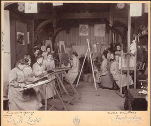 Schilderklas van de Rijksacademie van Beeldende Kunsten Amsterdam, met model vrouw Foks, afgebeeld zijn o.a. Lizzy Ansingh