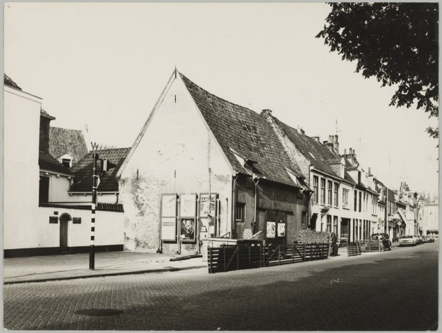 Bouwwerkzaamheden aan het Agnietenhof.